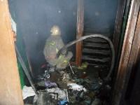 В Туле пожарные эвакуировали жителей подъезда пятиэтажки, Фото: 5
