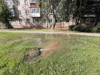В Пролетарском районе Тулы затопило улицы и дворы: вода хлещет из колодцев, Фото: 21
