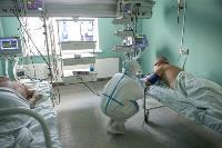 В положении на животе пациенты проводят до 16 часов в сутки. Тяжело, зато помогает выздороветь., Фото: 15