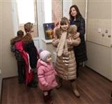Владимир Груздев подарил многодетной семье квартиру, Фото: 2