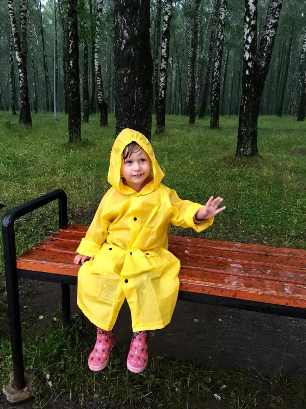 Даже дождик не помешает прогулке и солнечному настроению!)
