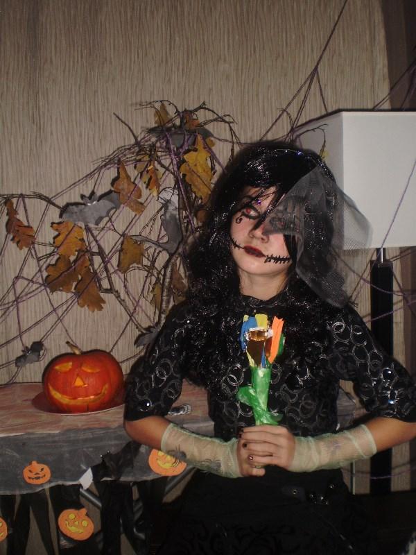 Хэллоуинская атмосфера...