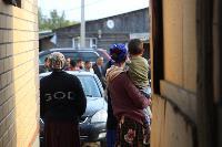 В тульском селе сносят незаконные цыганские постройки, Фото: 12