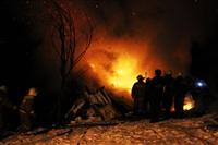 В Туле пожарные потушили сарай рядом с жилым домом, Фото: 5