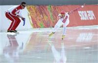 Александр Румянцев (Россия) (справа) во время пробных соревнований по конькобежному спорту перед началом XXII зимних Олимпийских игр в Сочи., Фото: 21