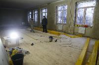 Дмитрий Миляев проверил, как идет ремонт вечерней школы на ул. Зорге, Фото: 6