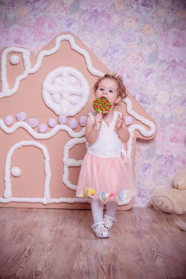 Всем желаем ярких , сладких конфет и такой же жизни!!!