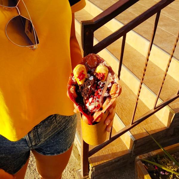 Лето. Жара. Мороженое.