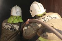 С огнем в жилом доме в селе Теплое боролись три пожарных расчета, Фото: 10