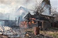 На Калужском шоссе загорелся жилой дом, Фото: 8