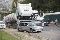 В Туле на Калужском шоссе столкнулись фура и легковушка, Фото: 5