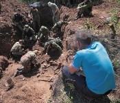 Останки бойцов в деревне Криволучье, Фото: 5