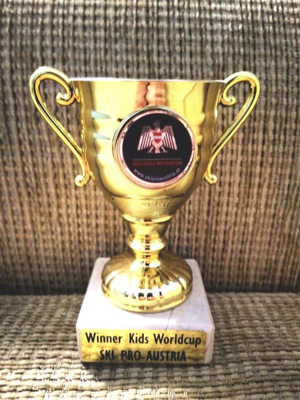Кубок, завоёванный внуком Ваней.