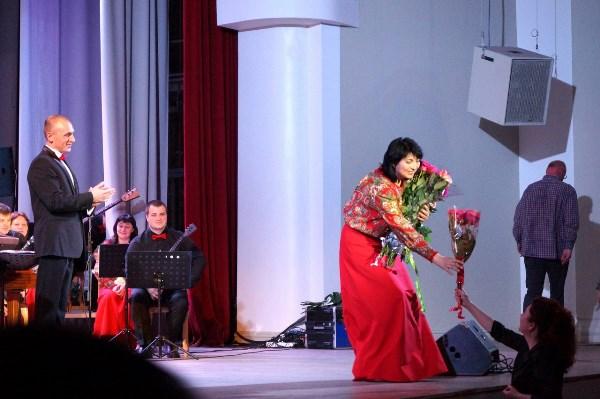 Глубоко признательна за каждый цветок, подаренный с любовью к Музыке!!!