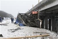 ДТП с участием «Газели» мосту через реку Воронку. 13 февраля 2014, Фото: 3