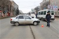 В Туле машина ДПС протаранила столб, Фото: 8