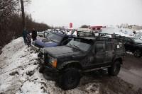 В Туле опрокинувшийся в кювет BMW вытаскивали три джипа, Фото: 7