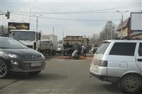 На Рязанской на дорогу рассыпалась гора кирпича, Фото: 1