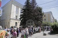 В Туле пенсионеры толпятся в огромной очереди на продление проездных, Фото: 11