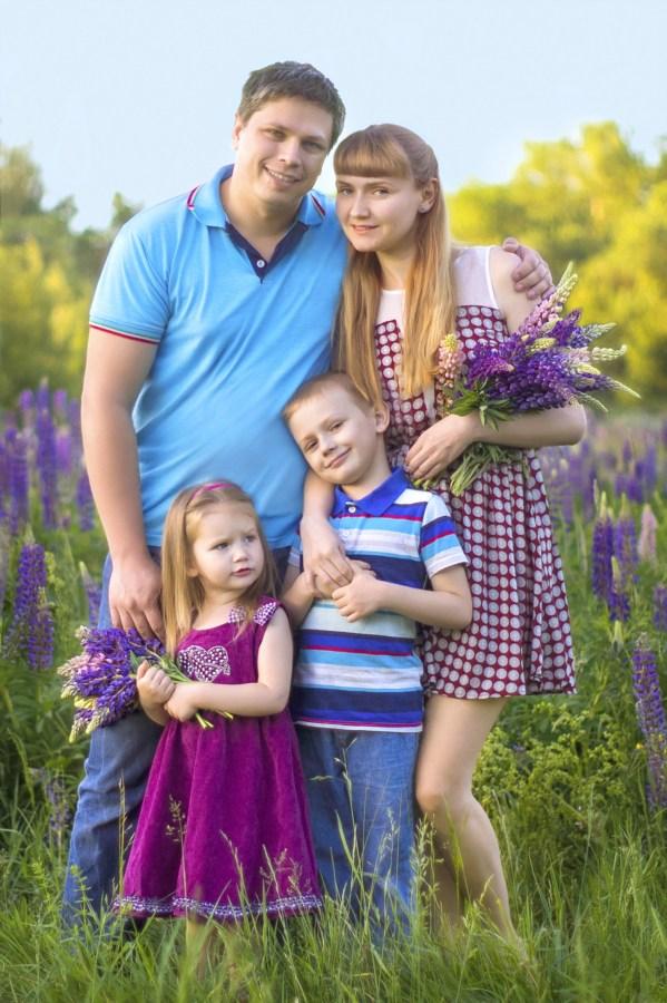 Букеты полевых цветов от любимых мужчин.
