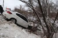 В Туле опрокинувшийся в кювет BMW вытаскивали три джипа, Фото: 18