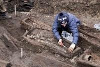 На Крестовоздвиженской площади Тулы обнаружено кладбище 18 века, Фото: 14
