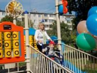 Tele2 подарила игровую площадку малышам с ограниченными возможностями, Фото: 13