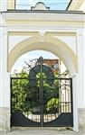 Тула, ул. Октябрьская, 12.  Ну очень живописные ворота! Принадлежат одной тульской галерее, Фото: 7