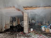 В Туле пожарные вынесли из горящего особняка больную женщину, Фото: 9