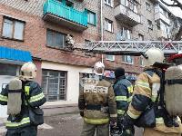 На улице Металлургов в Туле загорелась квартира , Фото: 21