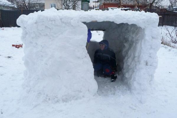 а началось всё со снеговика)