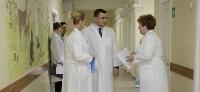 Врио губернатора Тульской области Алексей Дюмин в детской областной больнице, Фото: 4