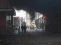 Загорелся недостроенный ТЦ на Красноармейском проспекте, Фото: 26