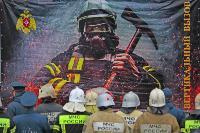 Тульские пожарные провели соревнования по бегу на 22-этаж, Фото: 1