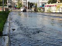 В Пролетарском районе Тулы затопило улицы и дворы: вода хлещет из колодцев, Фото: 8