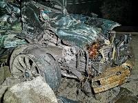 На выезде из Тулы BMW влетел в фуру: один человек погиб, Фото: 3