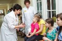 Пациенты Детской областной больницы получили в подарок «пряничного война», Фото: 4