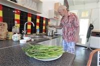 Юрий Жоев: кимовский фермер выращивает королевское лакомство, Фото: 21