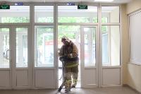 В Туле сотрудники МЧС эвакуировали госпитали госпиталь для больных коронавирусом, Фото: 29