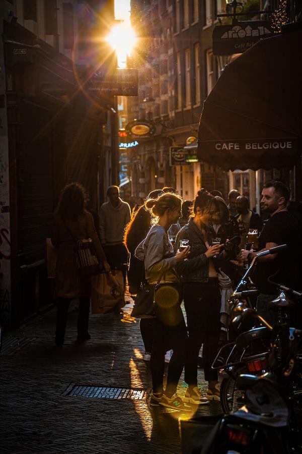 Вечер на улице Брюсселя