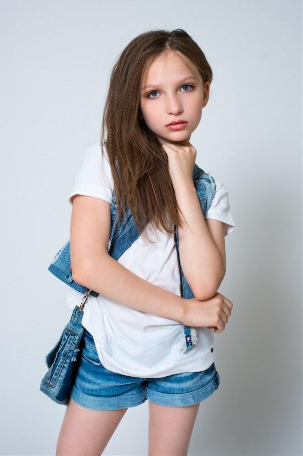 Баталина София, 10 лет