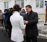 Владимир Груздев вручил ключи от квартир новоселам из Донского , Фото: 3