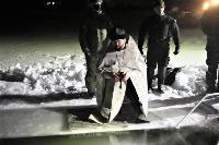 Тульские военнослужащие ВДВ окунулись в прорубь на Крещение, Фото: 10