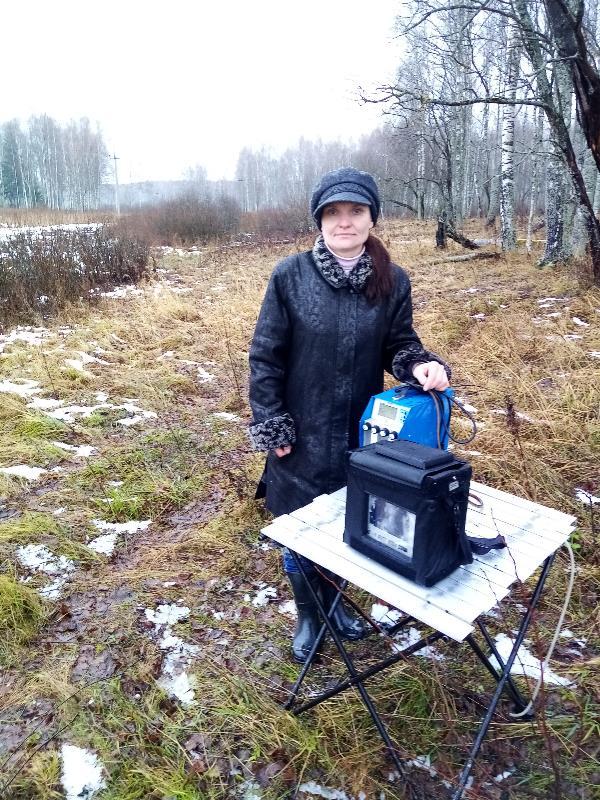 Отбор проб атмосферного воздуха санитарно-защитной зоны полигона ТБО в Калужской области. Химик