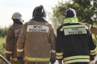 С огнем в жилом доме в селе Теплое боролись три пожарных расчета, Фото: 12