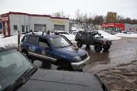 В Туле опрокинувшийся в кювет BMW вытаскивали три джипа, Фото: 35