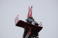 Завершается установка главной тульской городской ёлки , Фото: 13