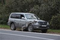 На въезде в Тулу трактор протаранил внедорожник, Фото: 2