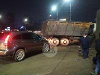 В Пролетарском округе Тулы пробка из-за ДТП с грузовиком и легковушкой, Фото: 7