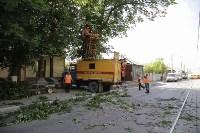 Упало дерево на провода на ул. Оборонной, Фото: 7